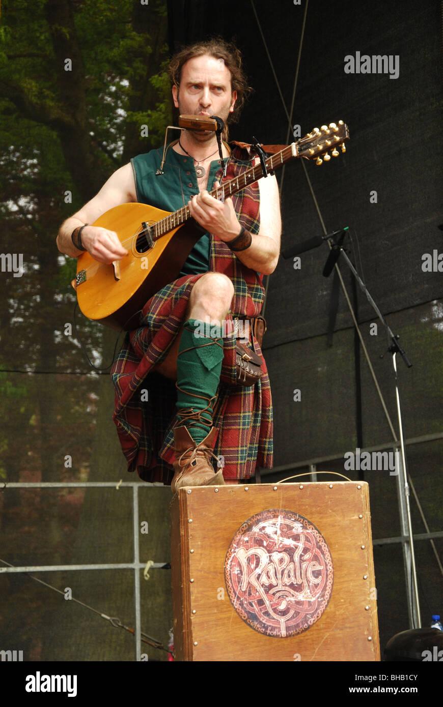 Scottish Folk Music Venue Stock Photos & Scottish Folk Music Venue