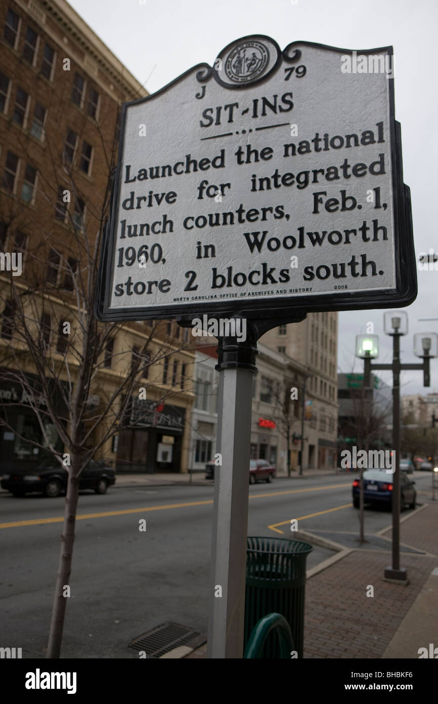 Sit-ins Launched the national drive for integrated lunch counters, Feb. 1, 1960, in Woolworth store 2 blocks south - Stock Image