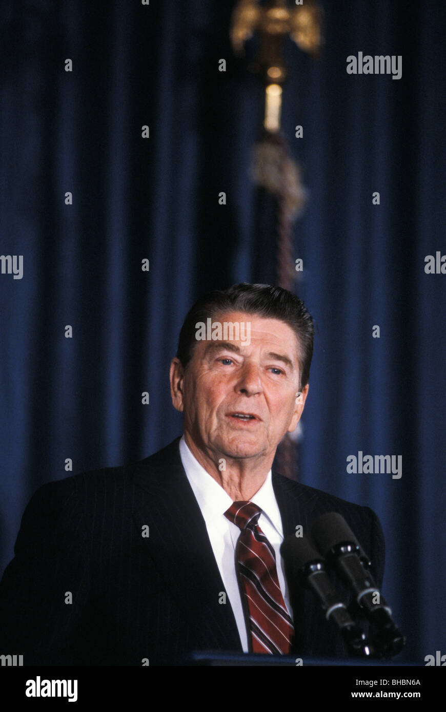 American President Ronald Reagan give election speech 1984 in Los Angeles - Stock Image