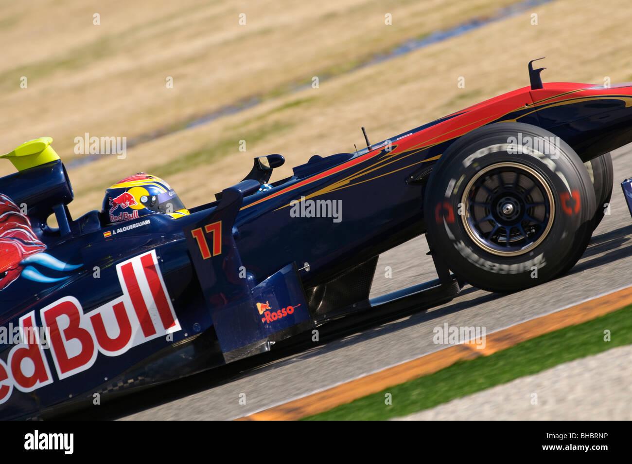 Jaime ALGUERSUARI (ESP), Scuderia Toro Rosso, driving the STR4 Formula One racing car in February 2010 - Stock Image