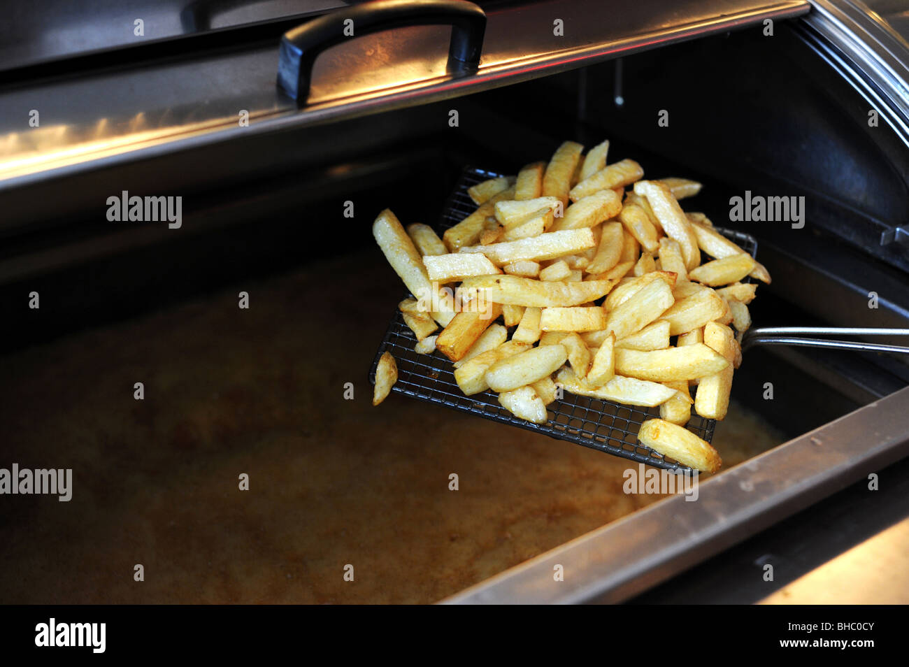 how to cook chips in a deep fryer
