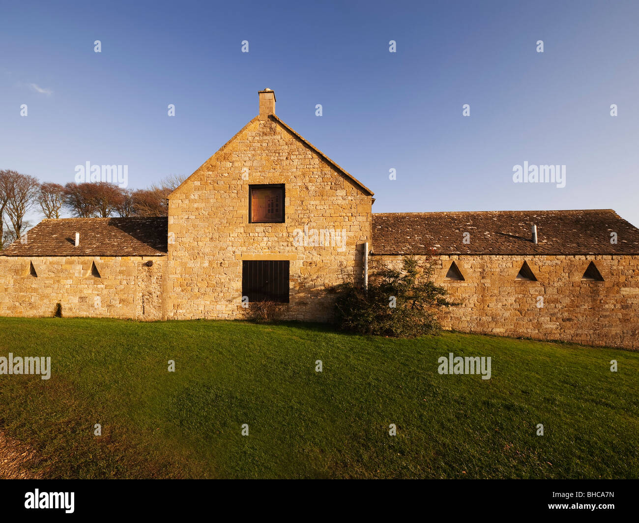 broadway tower country park cotswolds worcestershire old farmhouse converted into countryside centre Stock Photo