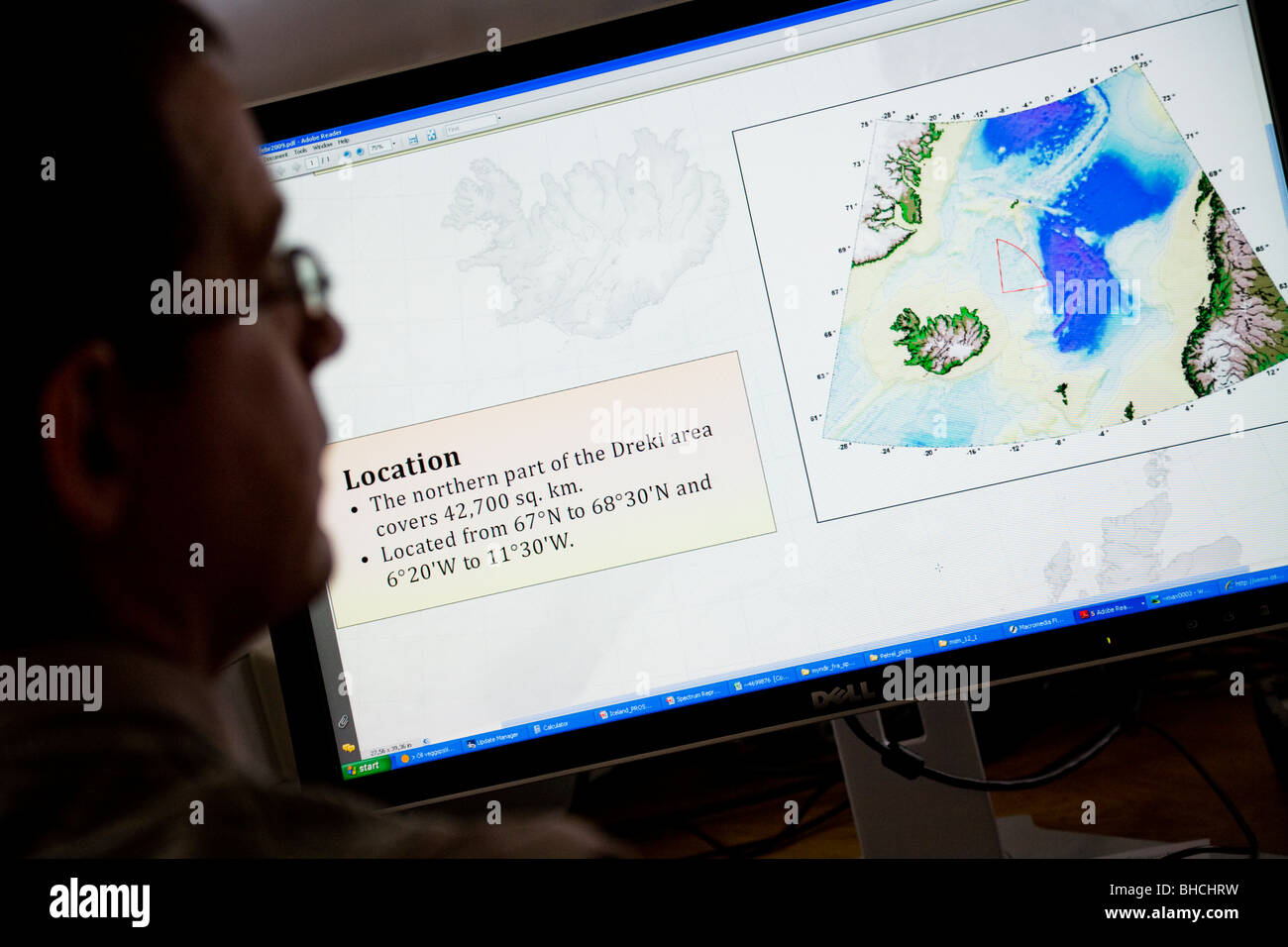 Thorarinn S. Arnarson, Oceanographer and Hydrocarbon Licensing Manager, shows a map of the Dreki area. NEA in Reykjavik, - Stock Image