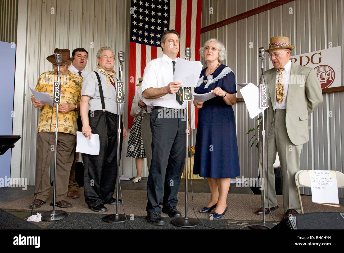 1940s radio theater actors at mid atlantic air museum world war ii