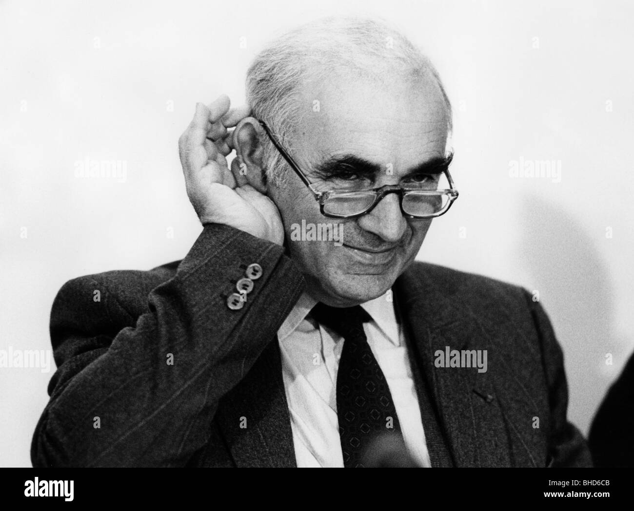 Curier, Hubert, French politician, Minister for Science, at the EUREKA minister conference, Hanover, 5.- 6.11.1985, - Stock Image