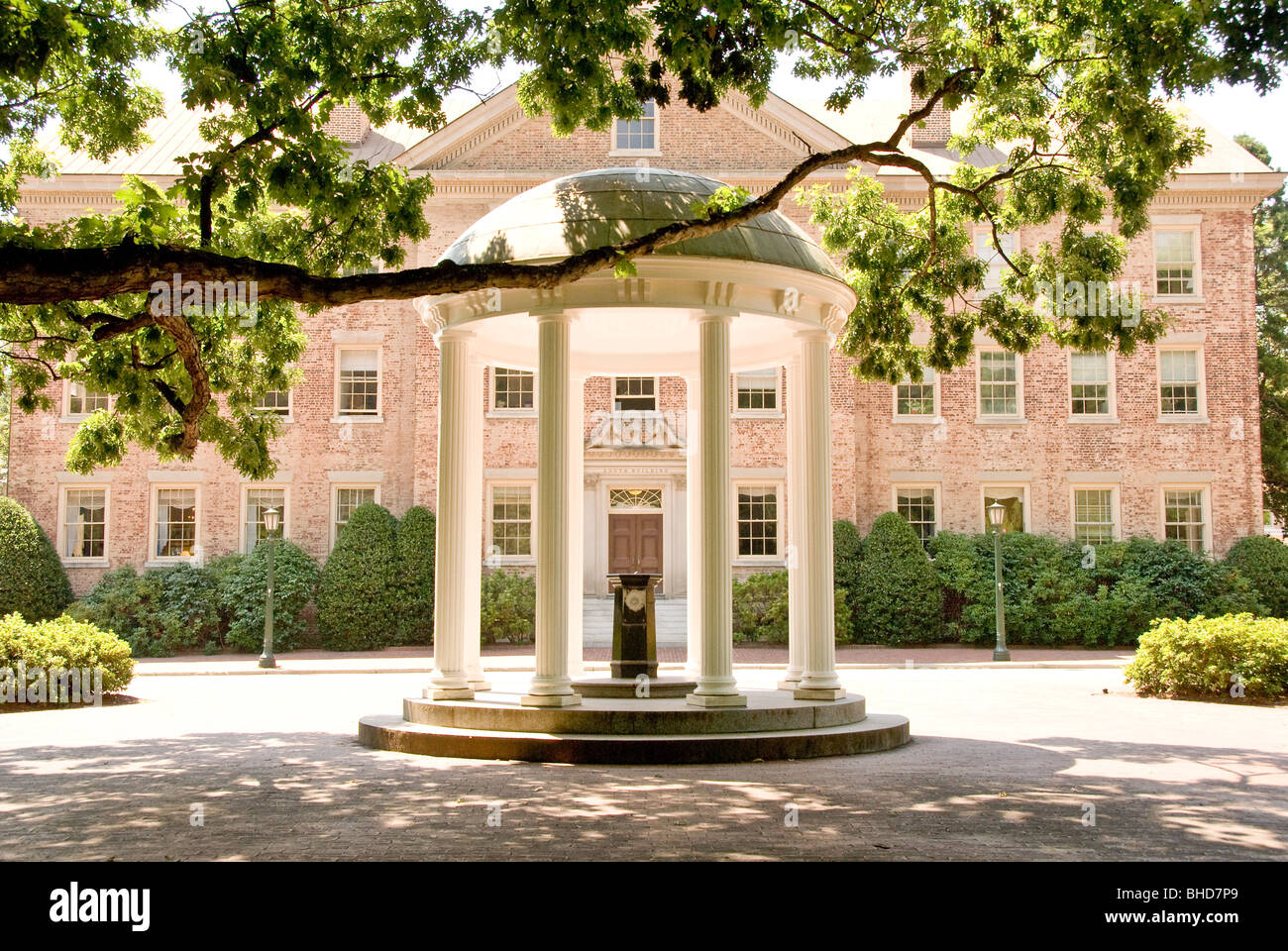 Chapel Hill North Carolina University Stock Photos & Chapel Hill ...
