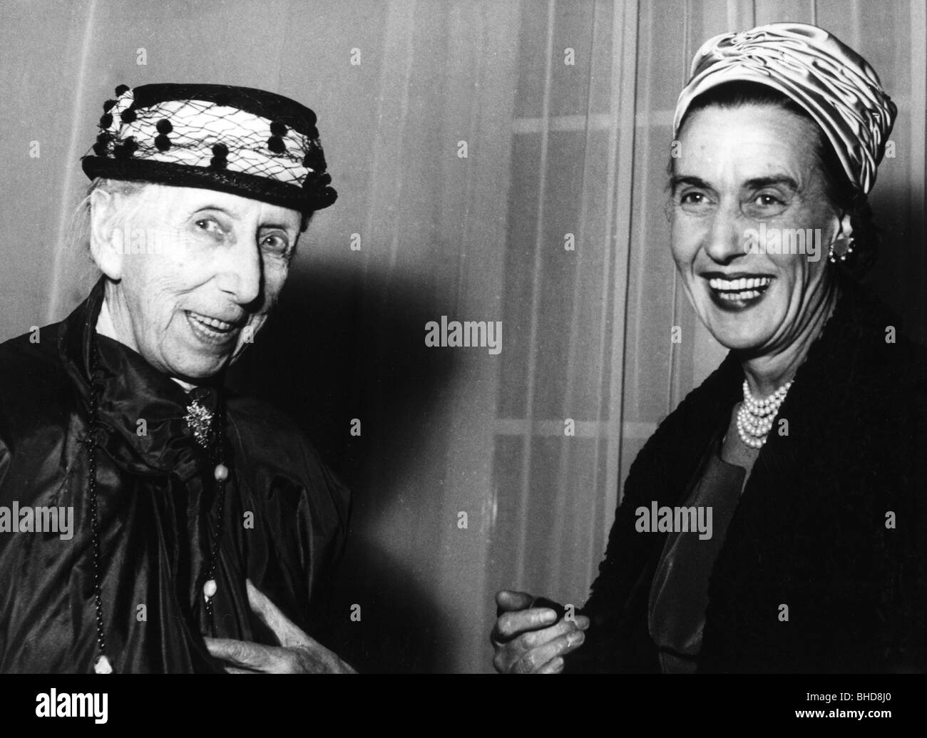 Kolb, Annette, 3.2.1870 - 3.12.1967, German author / writer, half length (left), Additional-Rights-Clearances-NA - Stock Image