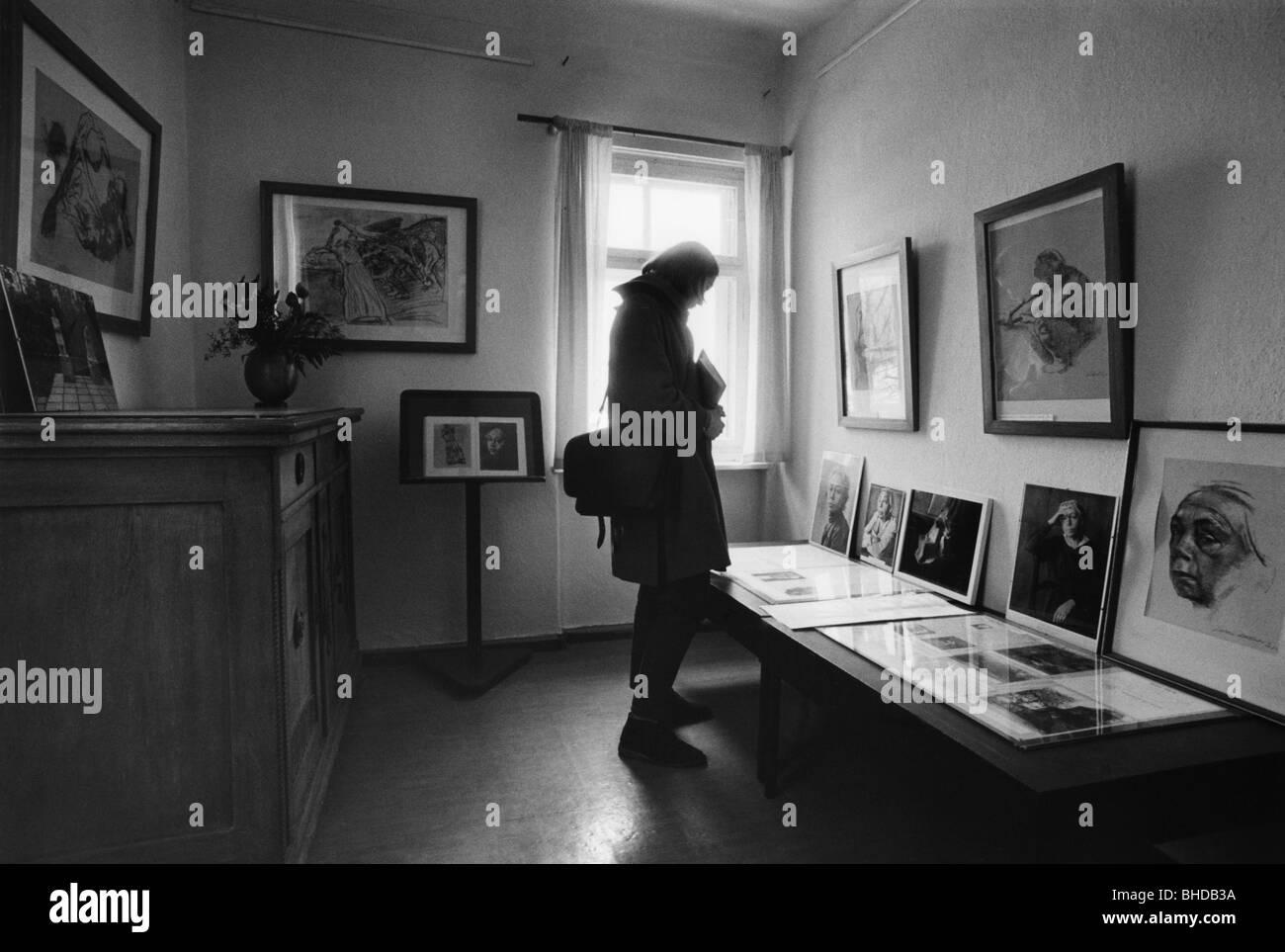 Kollwitz, Kaethe, 8.7.1867 - 22.4.1945, German painter, printmaker, the house were she died, Moritzburg, Saxony, - Stock Image