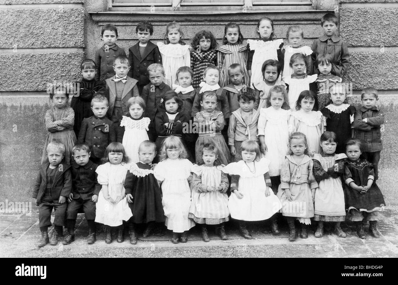people, children, infants (up to 5 years), group picture, circa 1900, Additional-Rights-Clearances-NA - Stock Image