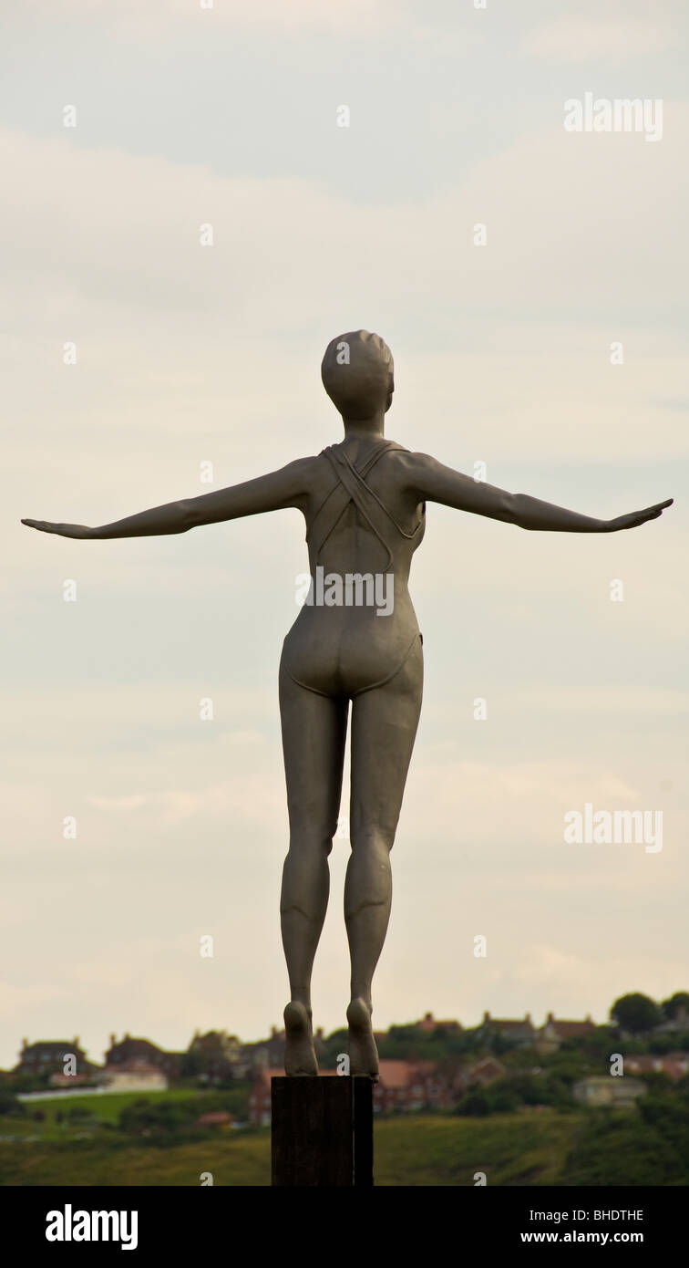 The Diving Belle, shot from behind, sculpture by Craig Knowles on Vincent's Pier, South Bay of Scarborough, - Stock Image