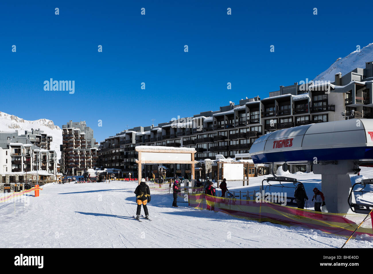 Ski lift in the centre of Val Claret, Tignes, Espace Killy, Tarentaise, Savoie, France - Stock Image