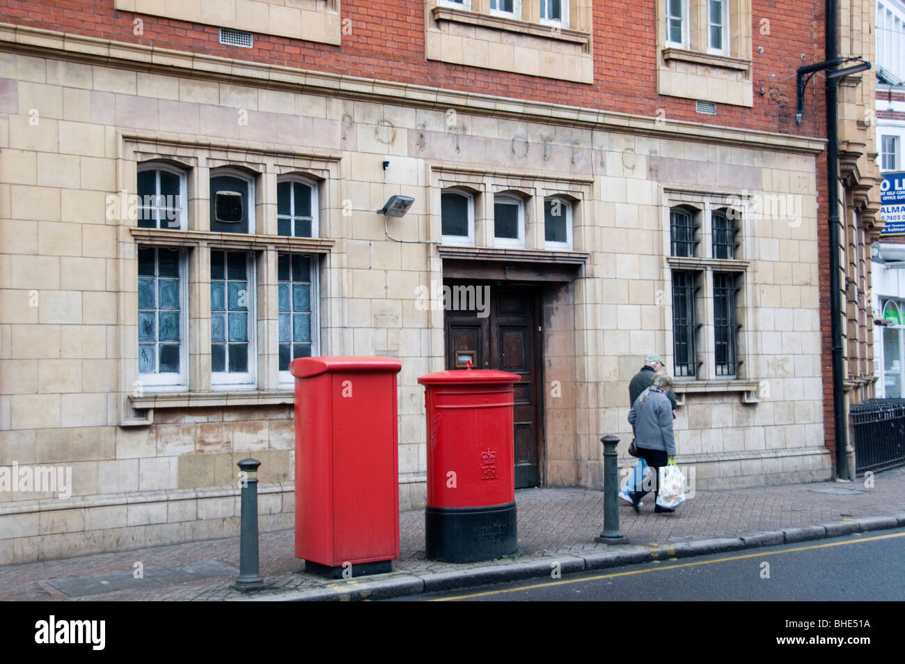 The closed East Street Post Office in Bromley, South London, England - Stock Image