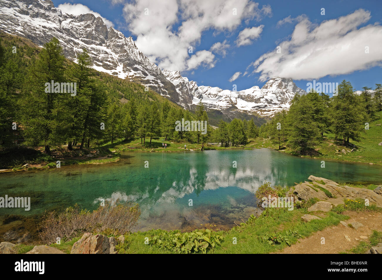 Il Lago Blu or the Blue Lake in Valtournenche Italy with the peak of the Matterhorn or Il Cervino in the background. - Stock Image