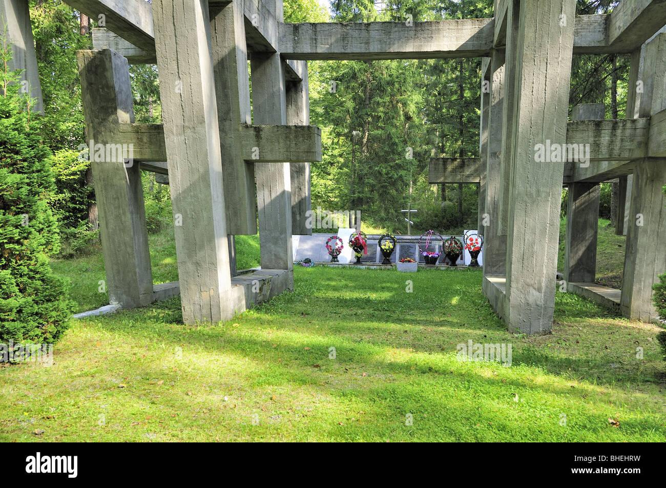 monument to victims of World War II in woodland national park Belovezhskaya Pushcha, Belarus Stock Photo