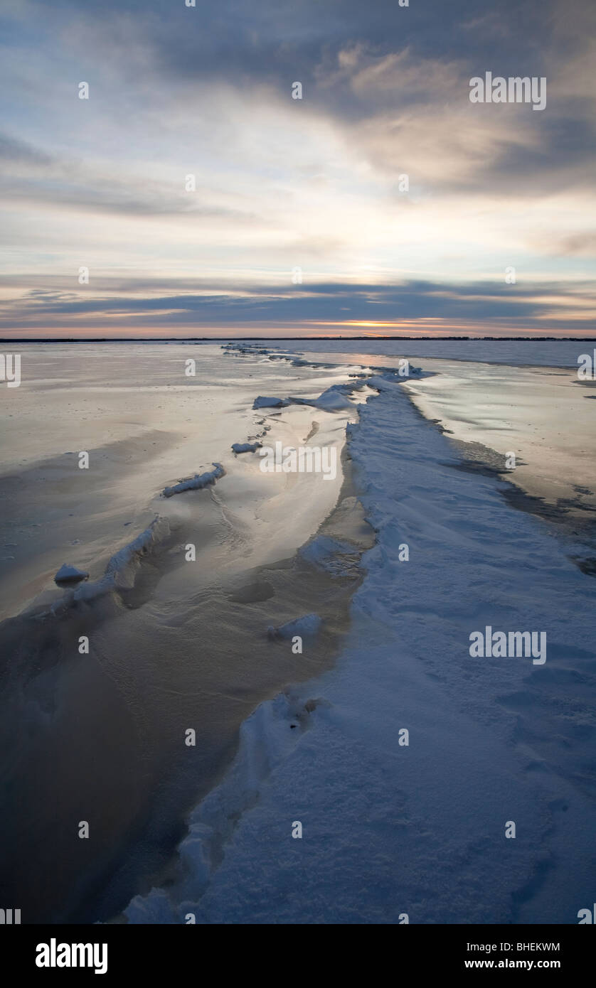 Pressure zone and cracks on sea ice - Stock Image