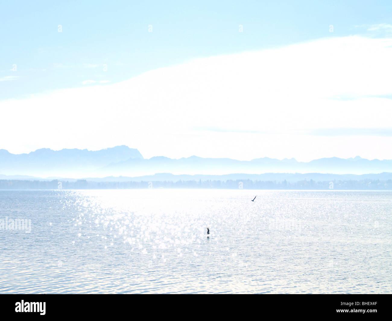 Deutschland, Bayern, Herbststimmung am Starnberger See, Germany, Bavaria, Autumn mood on Lake Starnberg - Stock Image