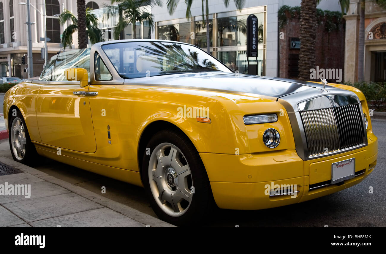Banana Yellow Rolls Royce Convertible Stock Photo 27995651 Alamy
