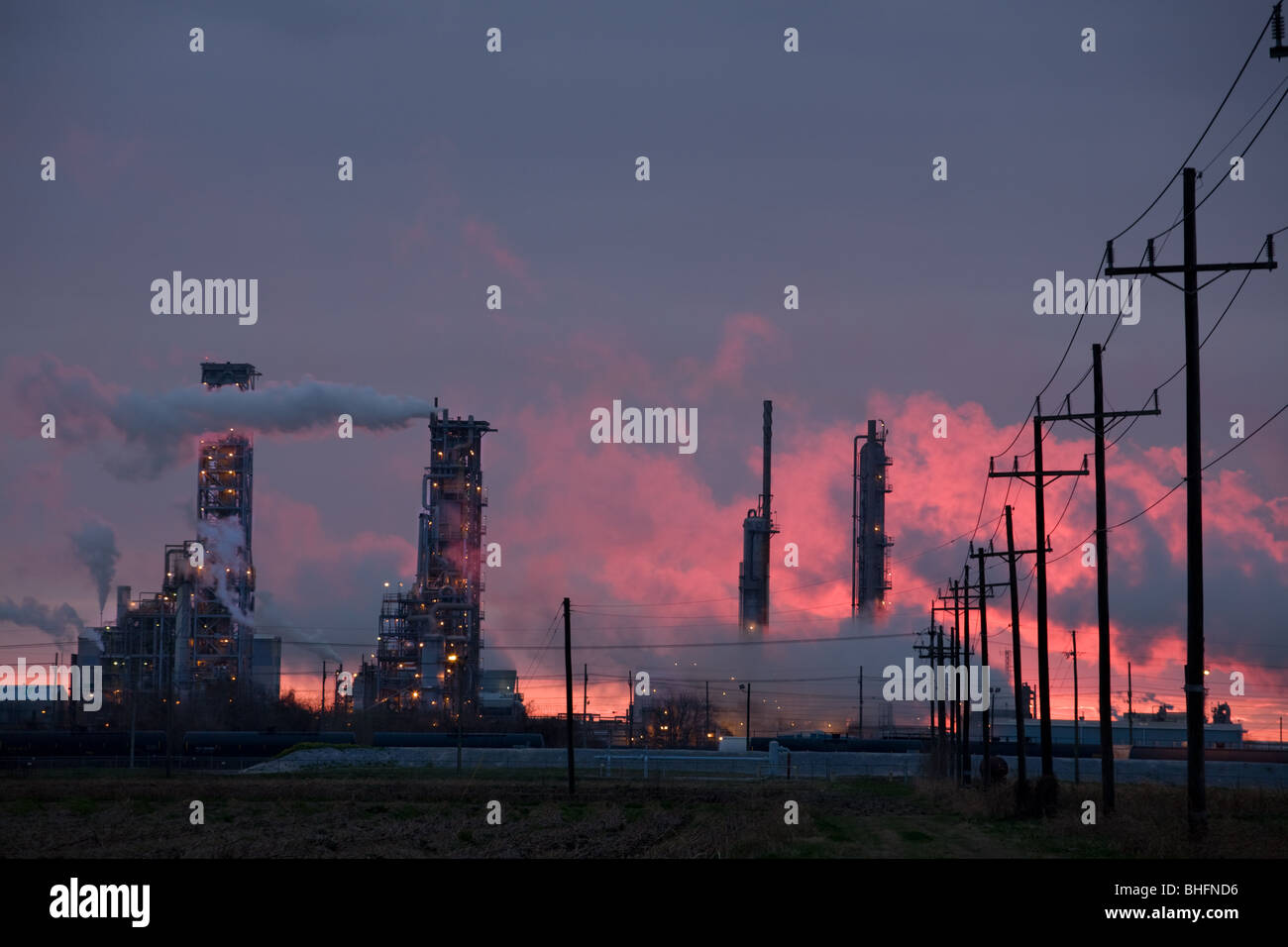 Refineries at sunset, Donaldsonville, Louisiana, start of Chemical Alley - Stock Image