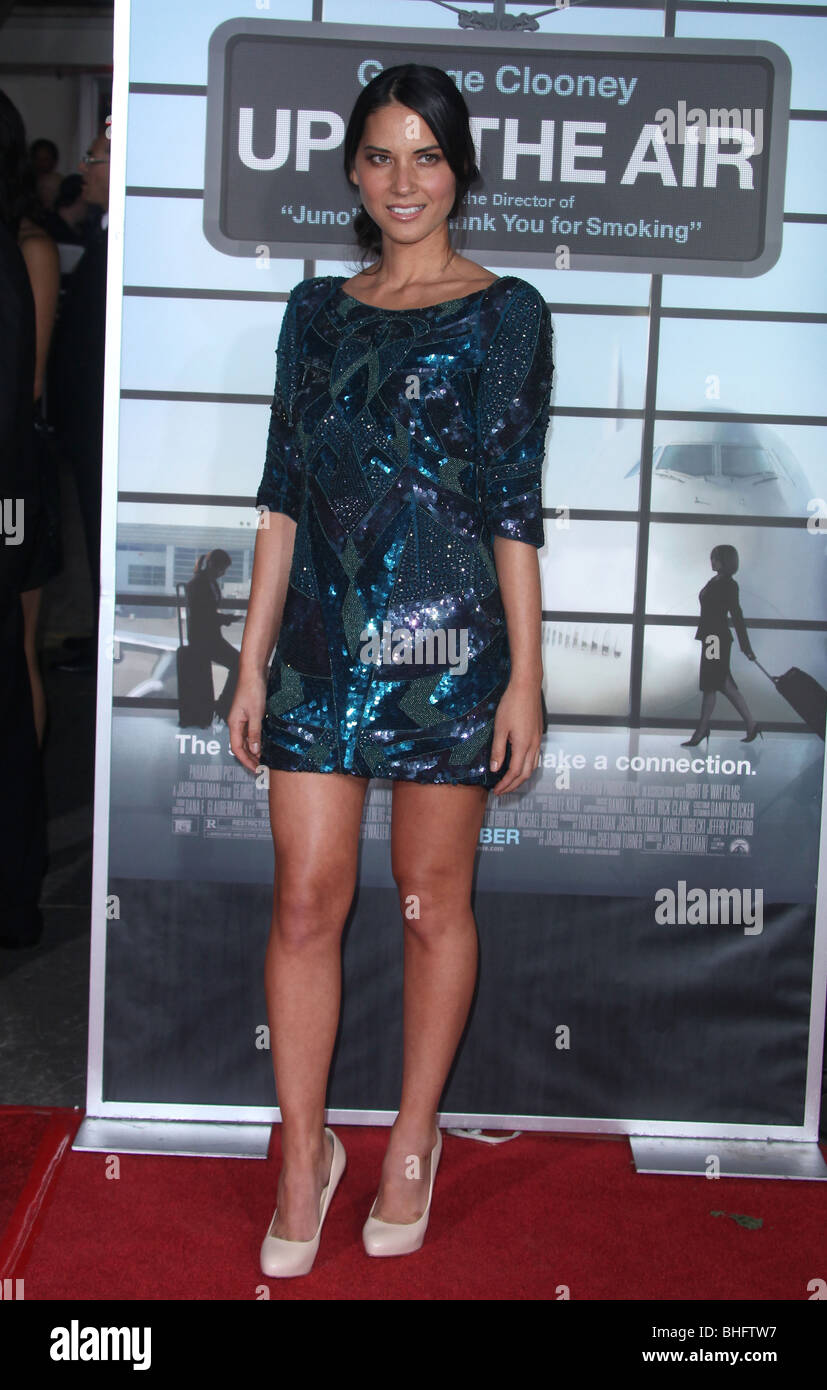 Olivia Munn Up In The Air Los Angeles Premiere Los Angeles Ca Usa 30 Stock Photo Alamy
