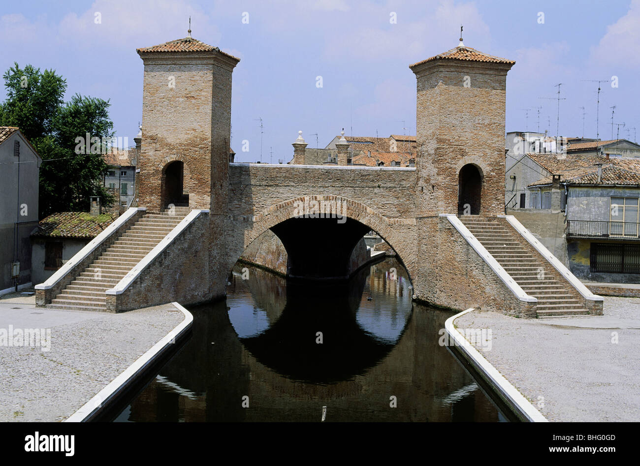 geography / travel, Italy, Ravenna, bridges, Comacchio, bridges, Treponti bridge, Additional-Rights-Clearance-Info Stock Photo