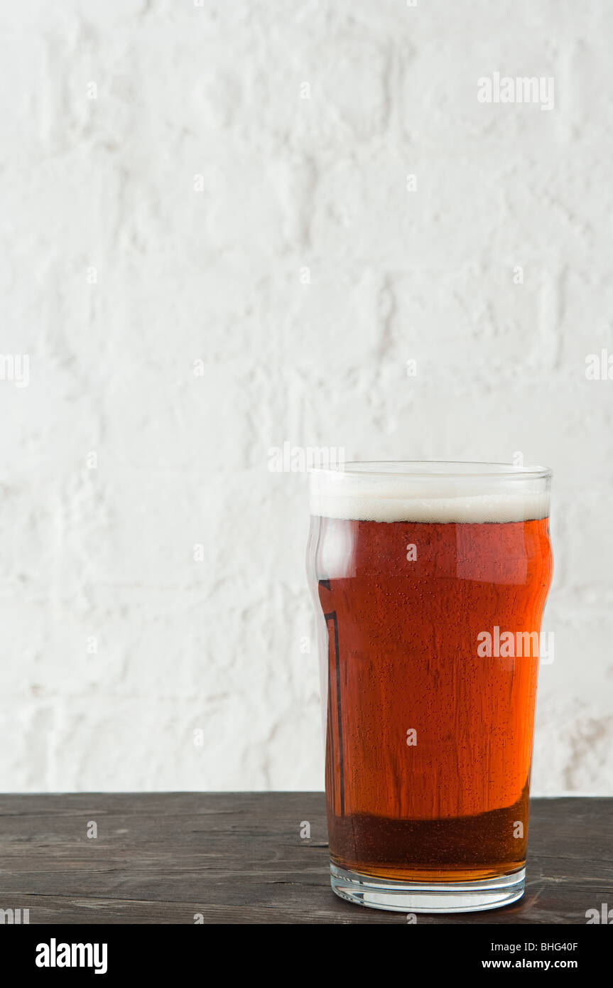 Pint of bitter ale - Stock Image