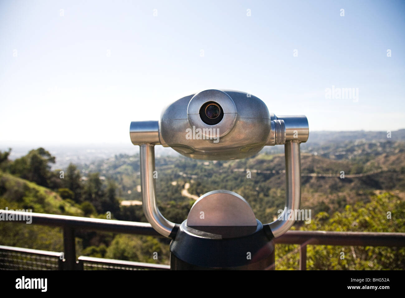 Telescope in griffith park with view of downtown los angeles - Stock Image