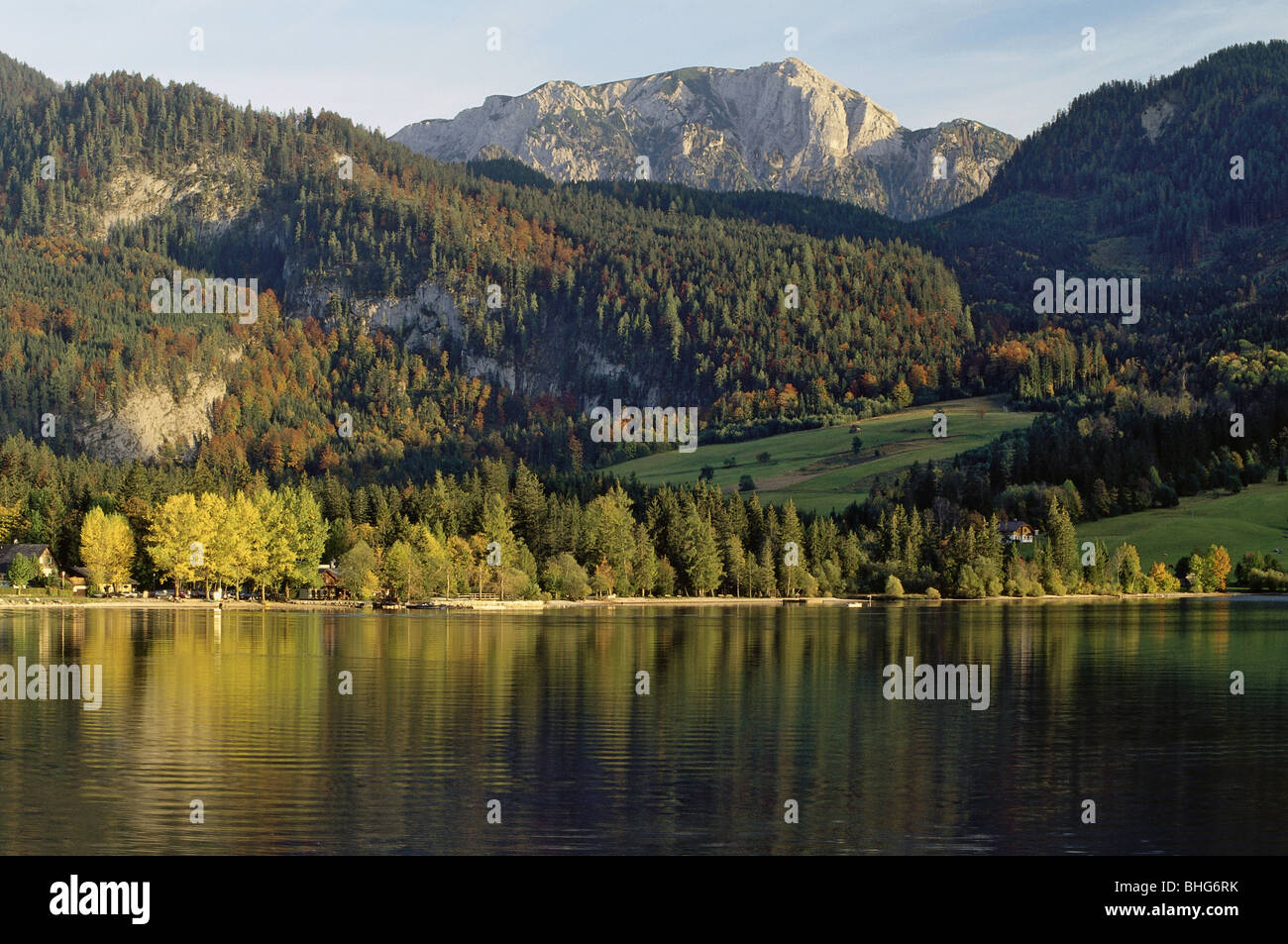geography / travel, Austria, Styria, landscapes, view of the Grundlsee (Grundl Lake), near Goessl, Additional-Rights - Stock Image