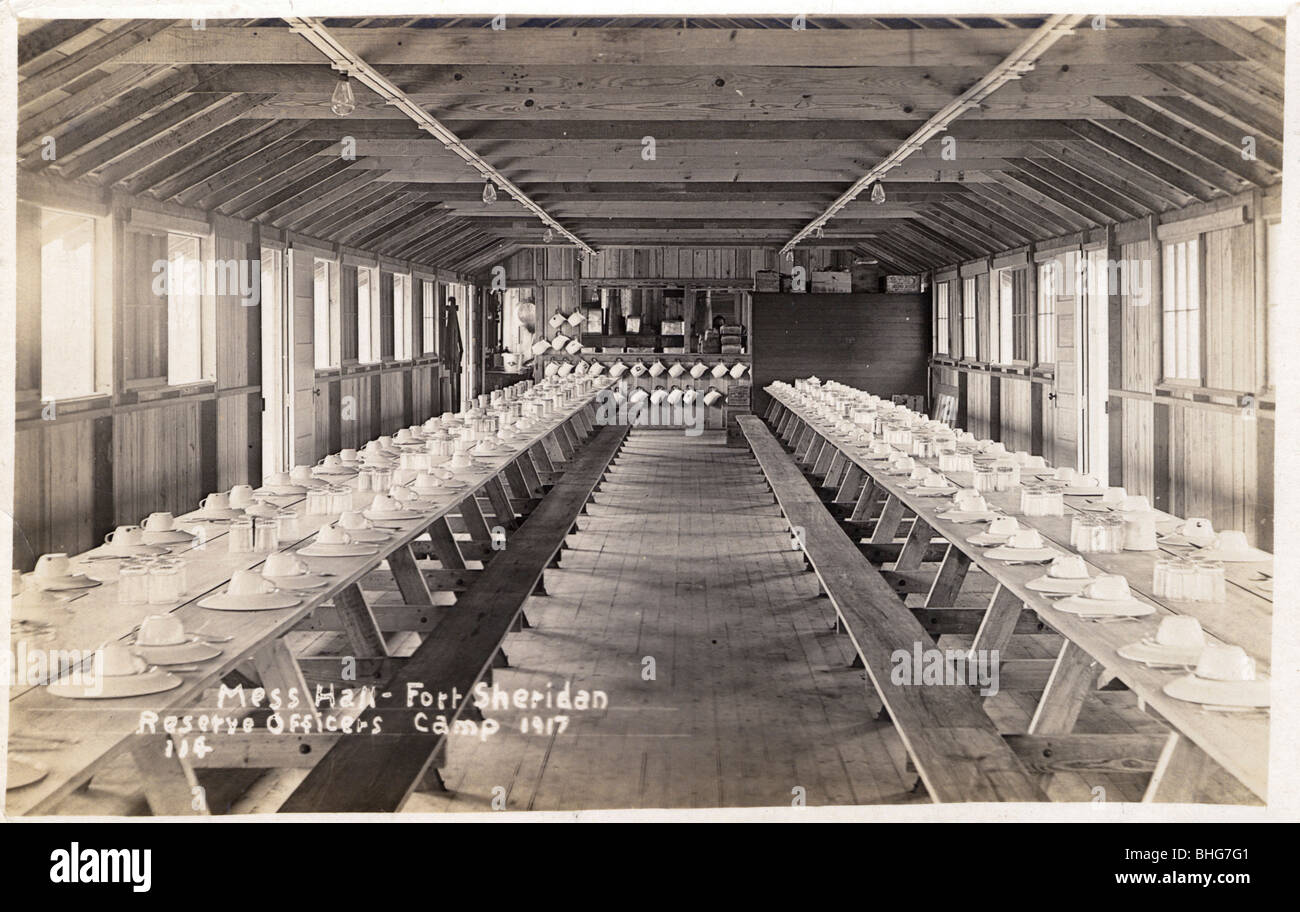 Mess hall, Fort Sheridan Reserve Officers Camp, Illinois, USA, 1917. - Stock Image