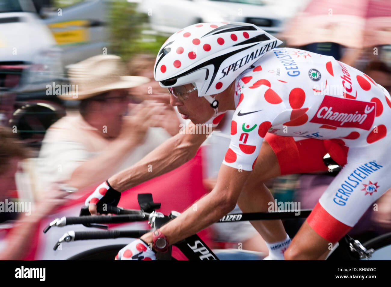 Cyclist in polka dot jersey on Stage 20, Cerilly - St