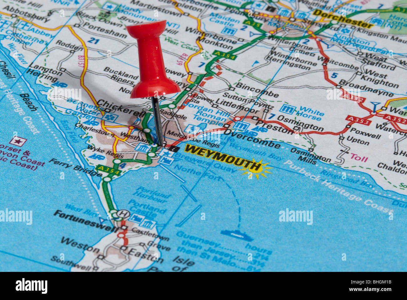 red map pin in road map pointing to city of Weymouth Stock Photo