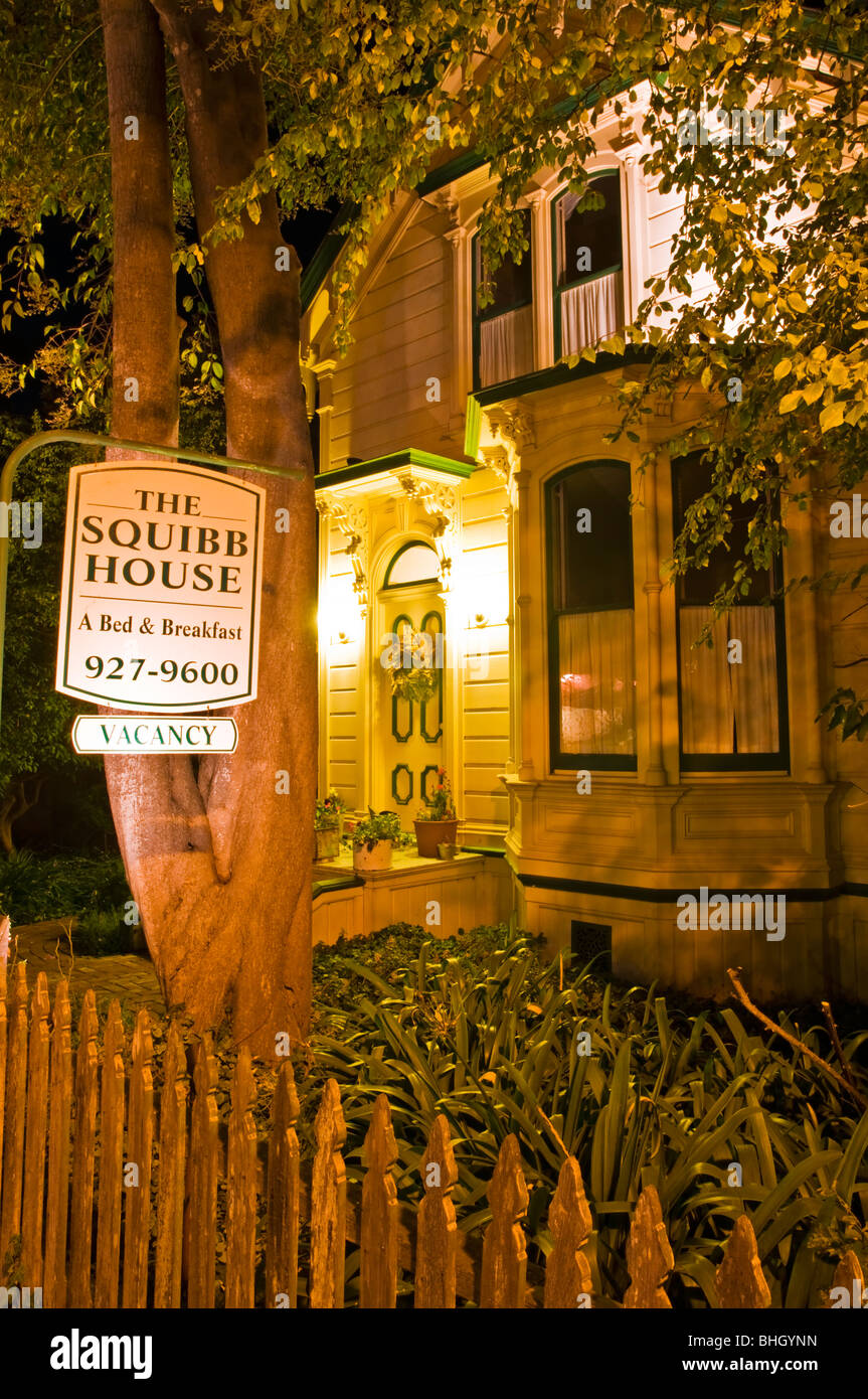 The Squibb House Bed And Breakfast At Night Cambria