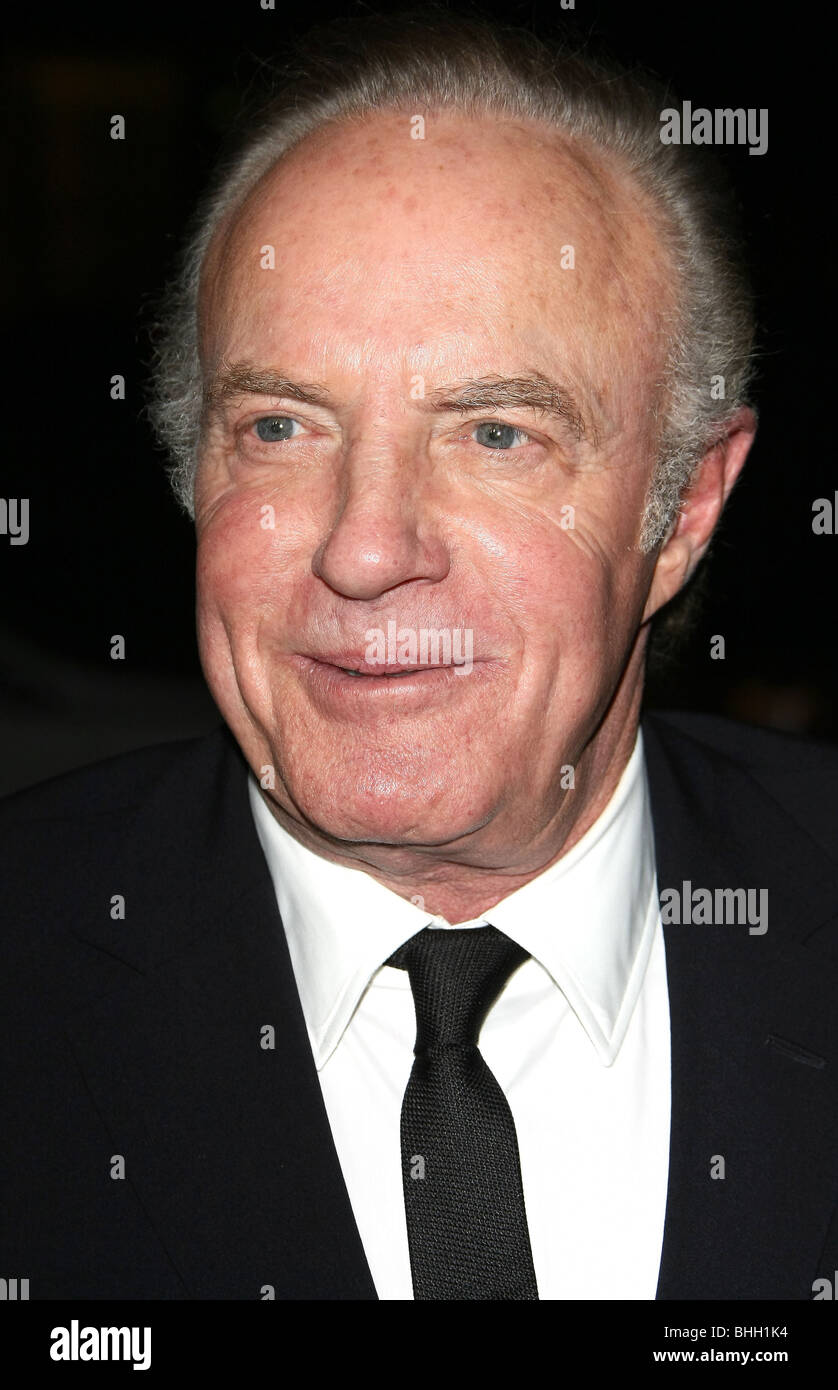 JAMES CAAN 62ND ANNUAL DIRECTORS GUILD OF AMERICA OUTSIDE ARRIVALS BEVERLY HILLS LOS ANGELES CA USA 30 January 2010 - Stock Image