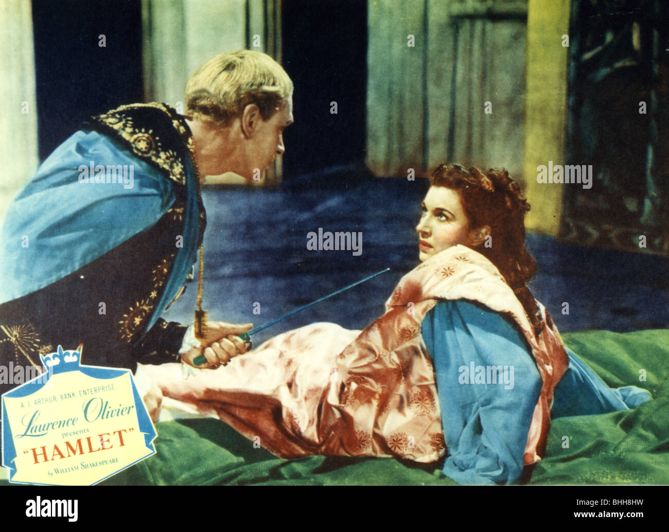 HAMLET - 1948 Rank/Two Cities film with Laurence Olivier and Eileen Herlie as Queen Gertrude - Stock Image