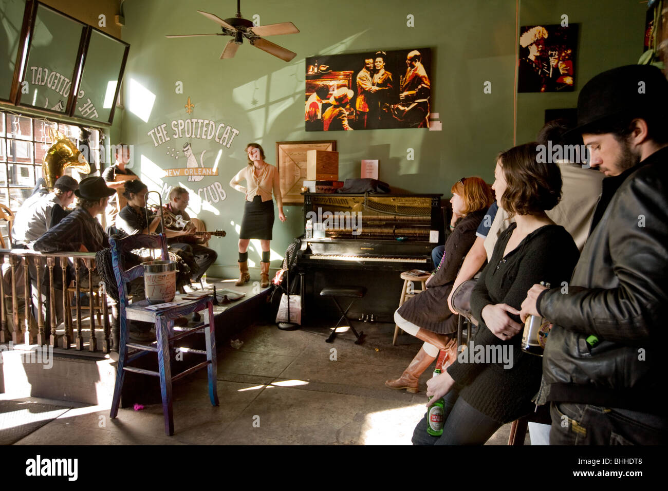Jazz combo playing for tips in a Frenchman Street tavern, Fauborg Marigny, New Orleans, Louisiana - Stock Image