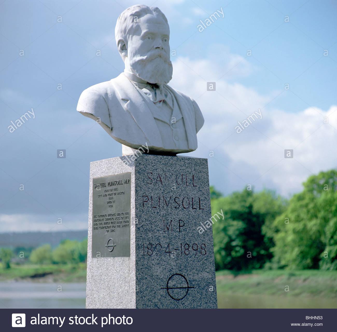 Bust of Samuel Plimsoll, British social reformer and politician, Bristol. Artist: WP Andrews - Stock Image