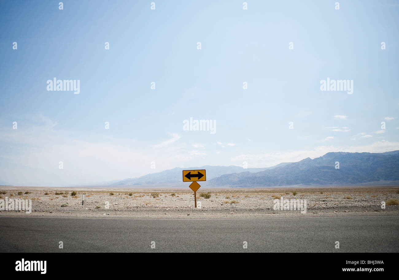 Left or right turn sign at end of road - Stock Image