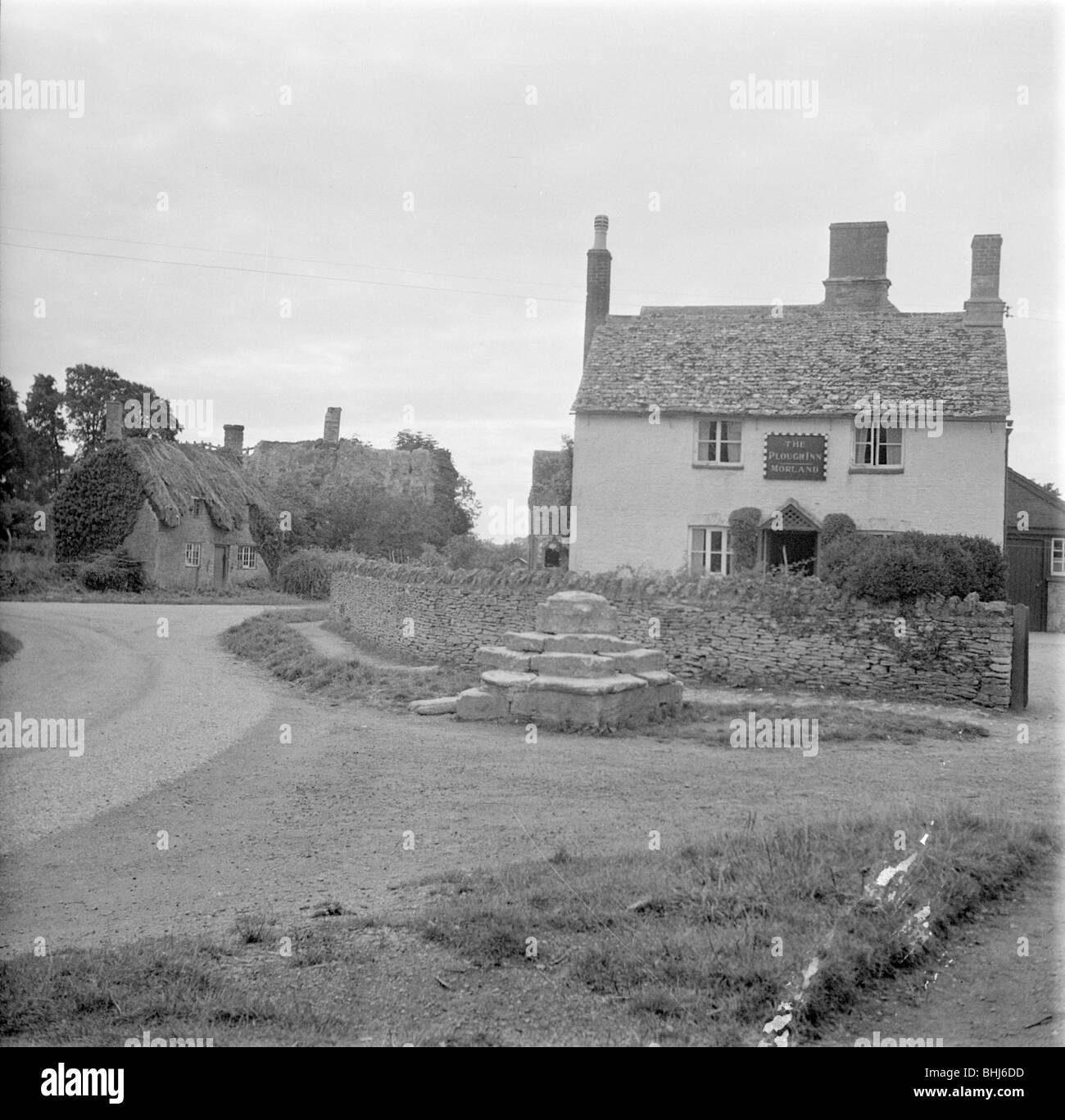 The Plough Inn, Kelmscott, Oxfordshire. Artist: Miss Wight - Stock Image