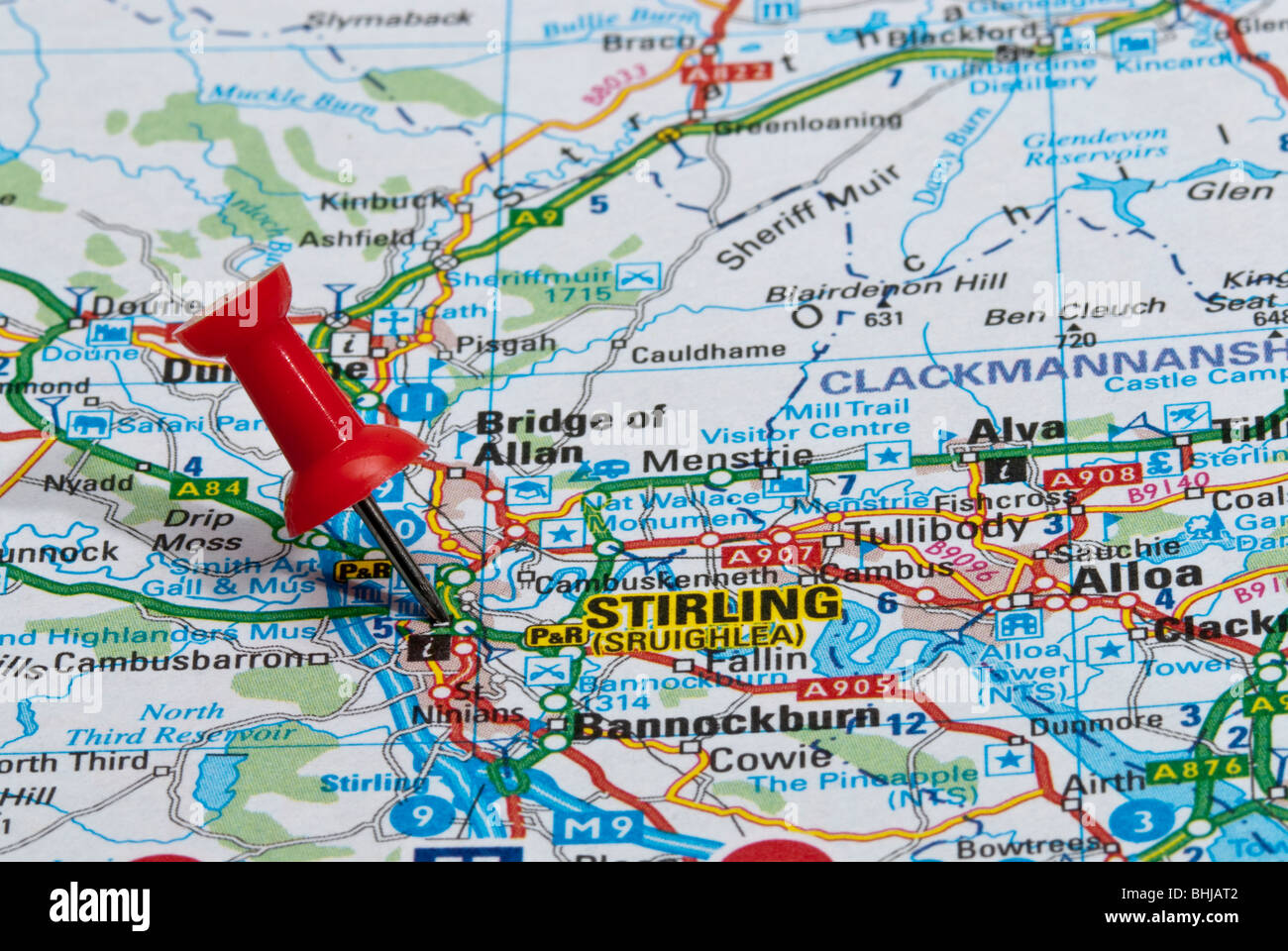 red map pin in road map pointing to city of stirling