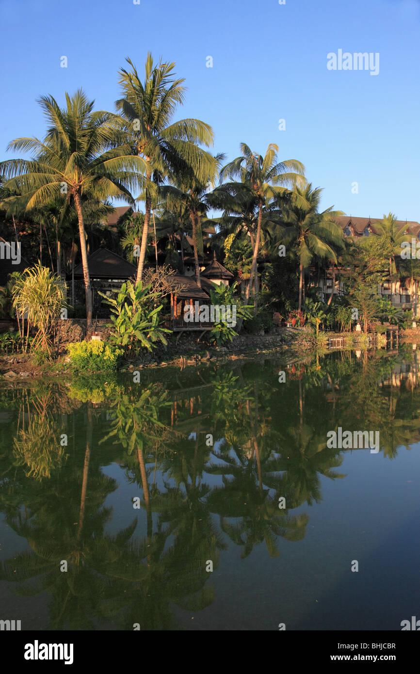 Myanmar, Burma, Yangon, Rangoon, Kandawgyi Lake Stock Photo