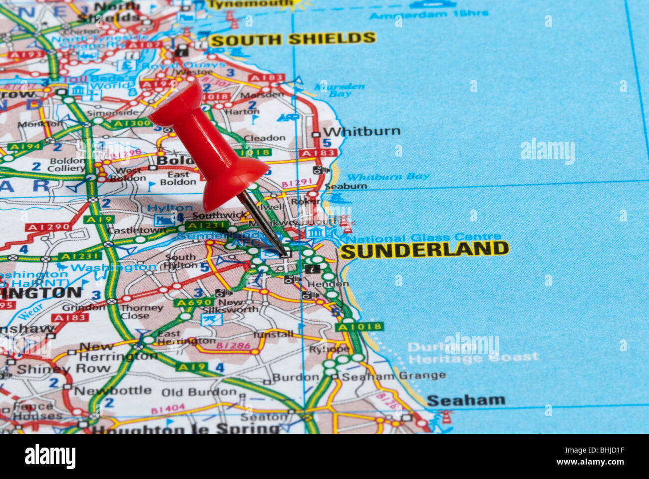red map pin in road map pointing to city of Sunderland Stock Photo ...