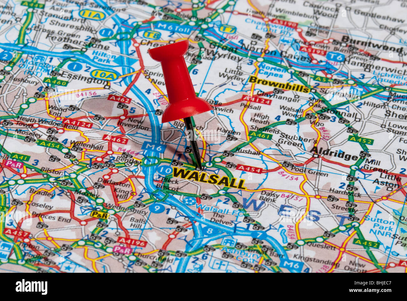 red map pin in road map pointing to city of Walsall - Stock Image