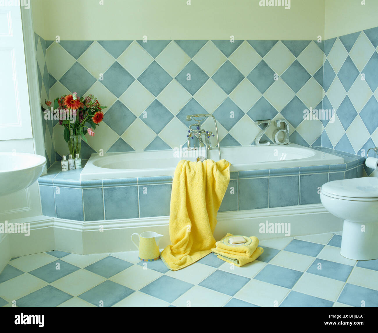 Tiling Towel Wall White Stock Photos & Tiling Towel Wall White Stock ...