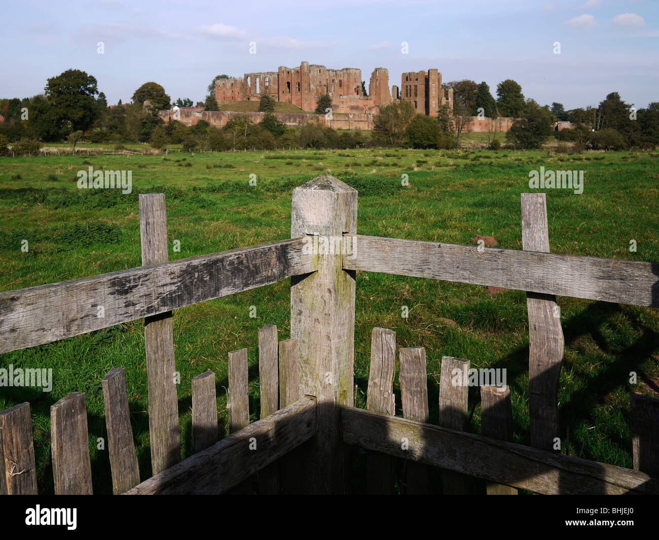 kenilworth castle warwickshire the midlands england uk from the millenium trail - Stock Image