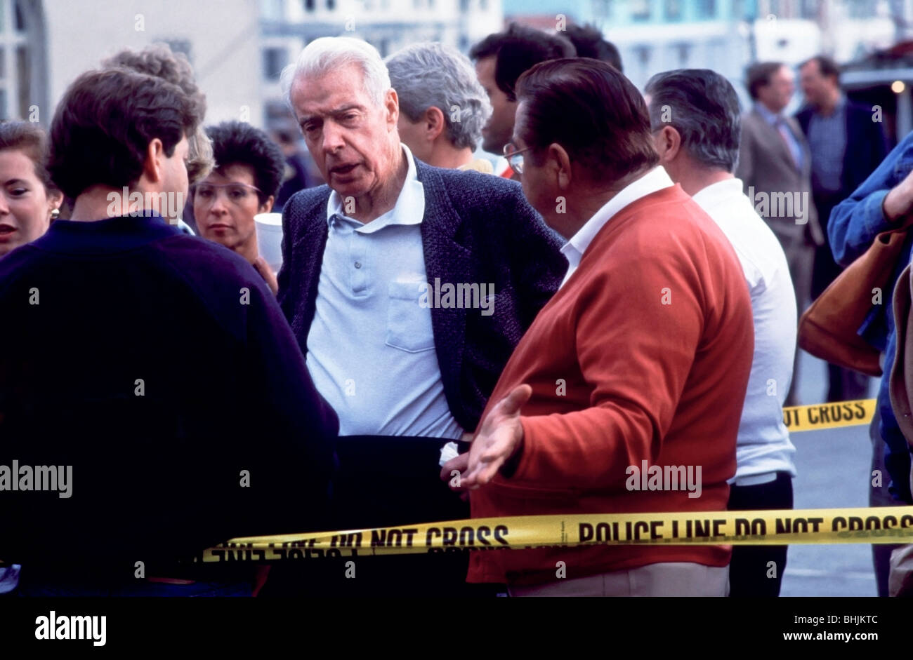 Baseball legend Joe DiMaggio at a Red Cross center in the Marina District after the 1989 San Francisco Earthquake - Stock Image