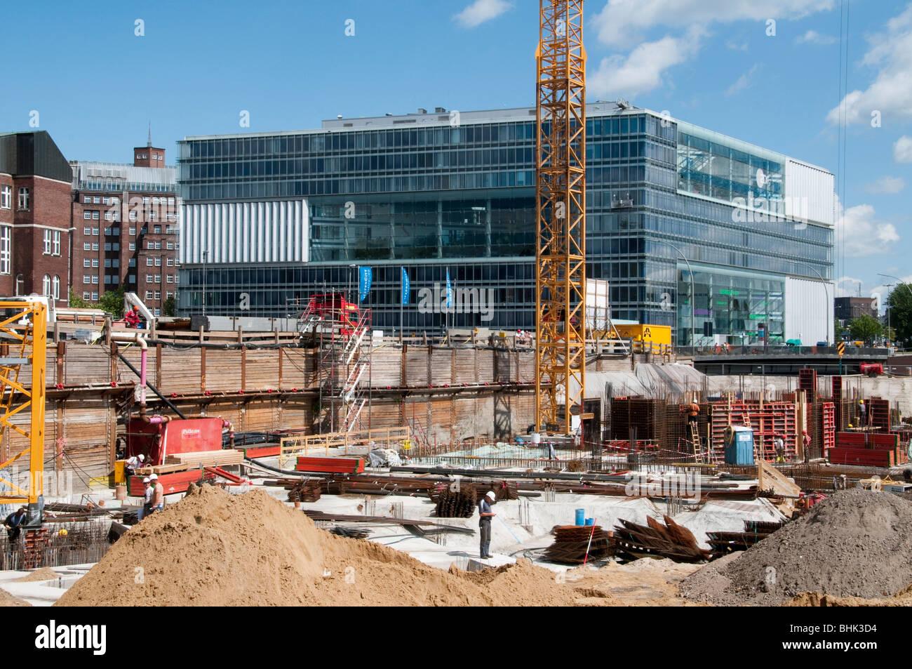 Baustelle Hafencity, Deichtorcenter im Hintergrund, Hamburg, Deutschland | construction works Harbour City, Hamburg, - Stock Image