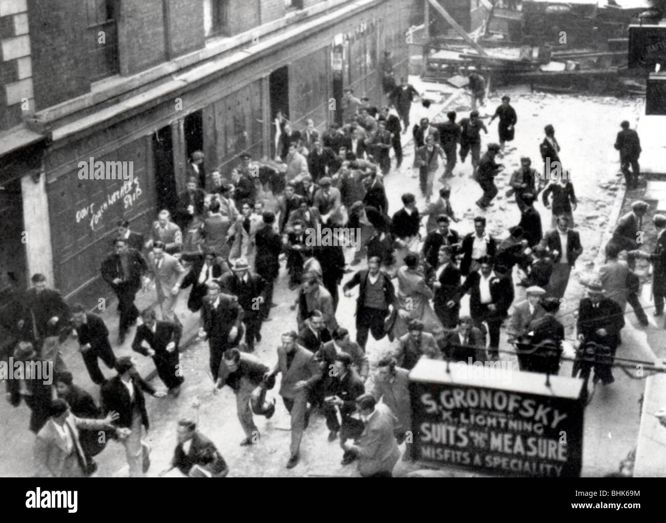 'Battle of Cable Street', Aldgate, London, 5th October 1936. - Stock Image