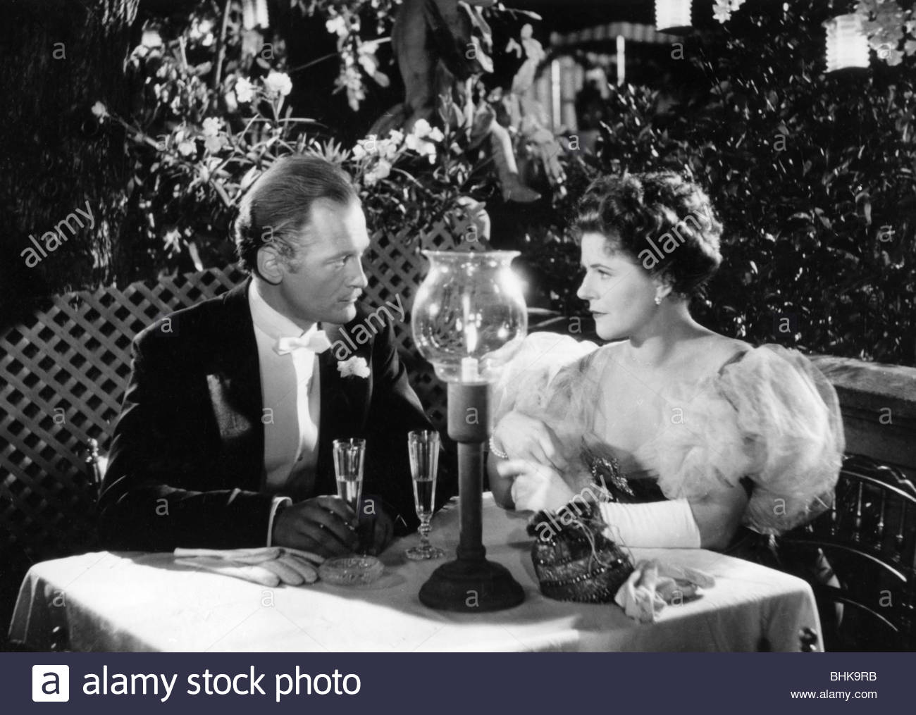 movie, 'The Angel with the Trumpet', DEU 1948, director: Karl Hartl, scene with: Curd Juergens, Paula Wessely, - Stock Image