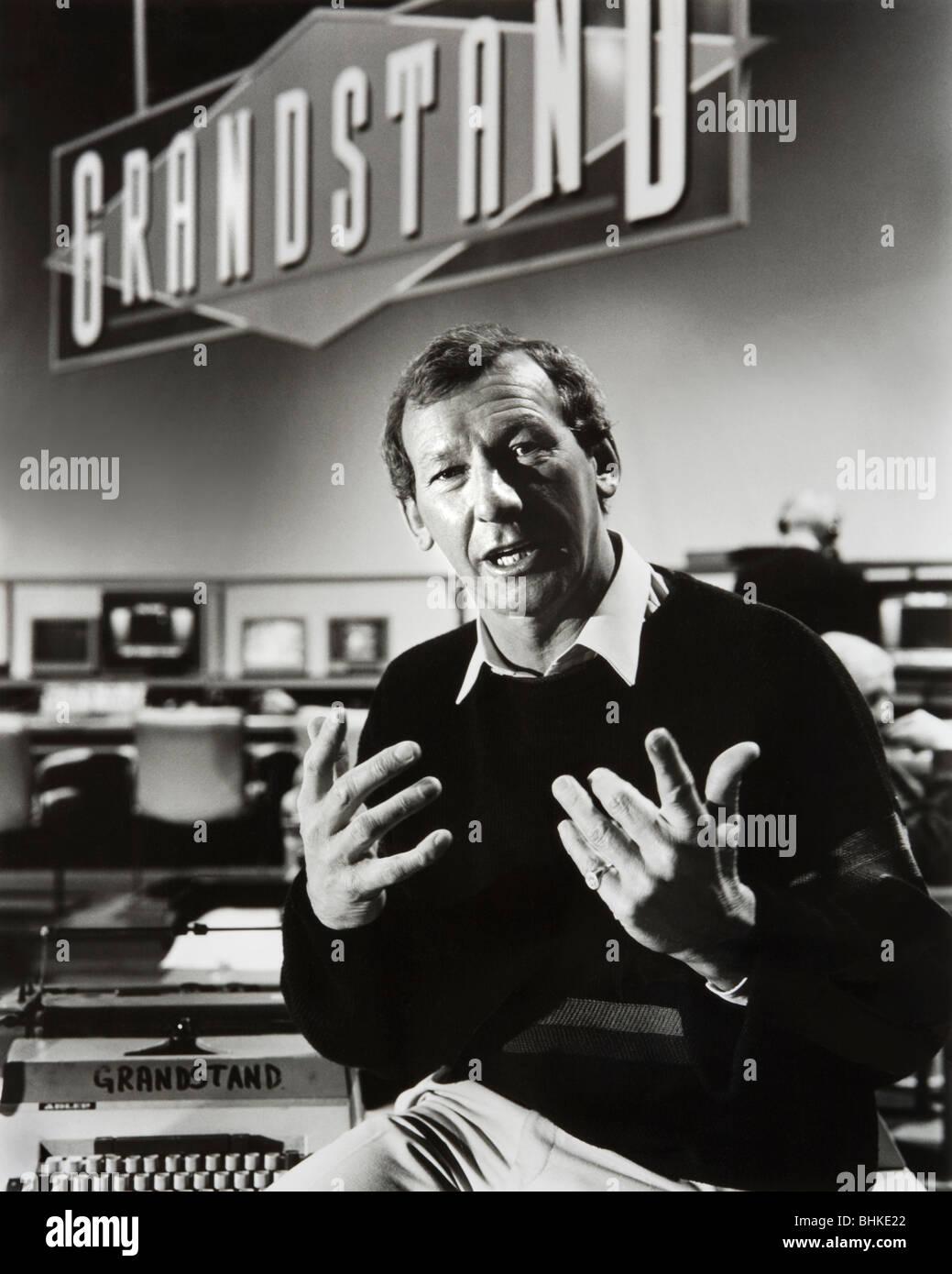 Mr Bob Wilson OBE, on the BBC Grandstand set in 1987. - Stock Image