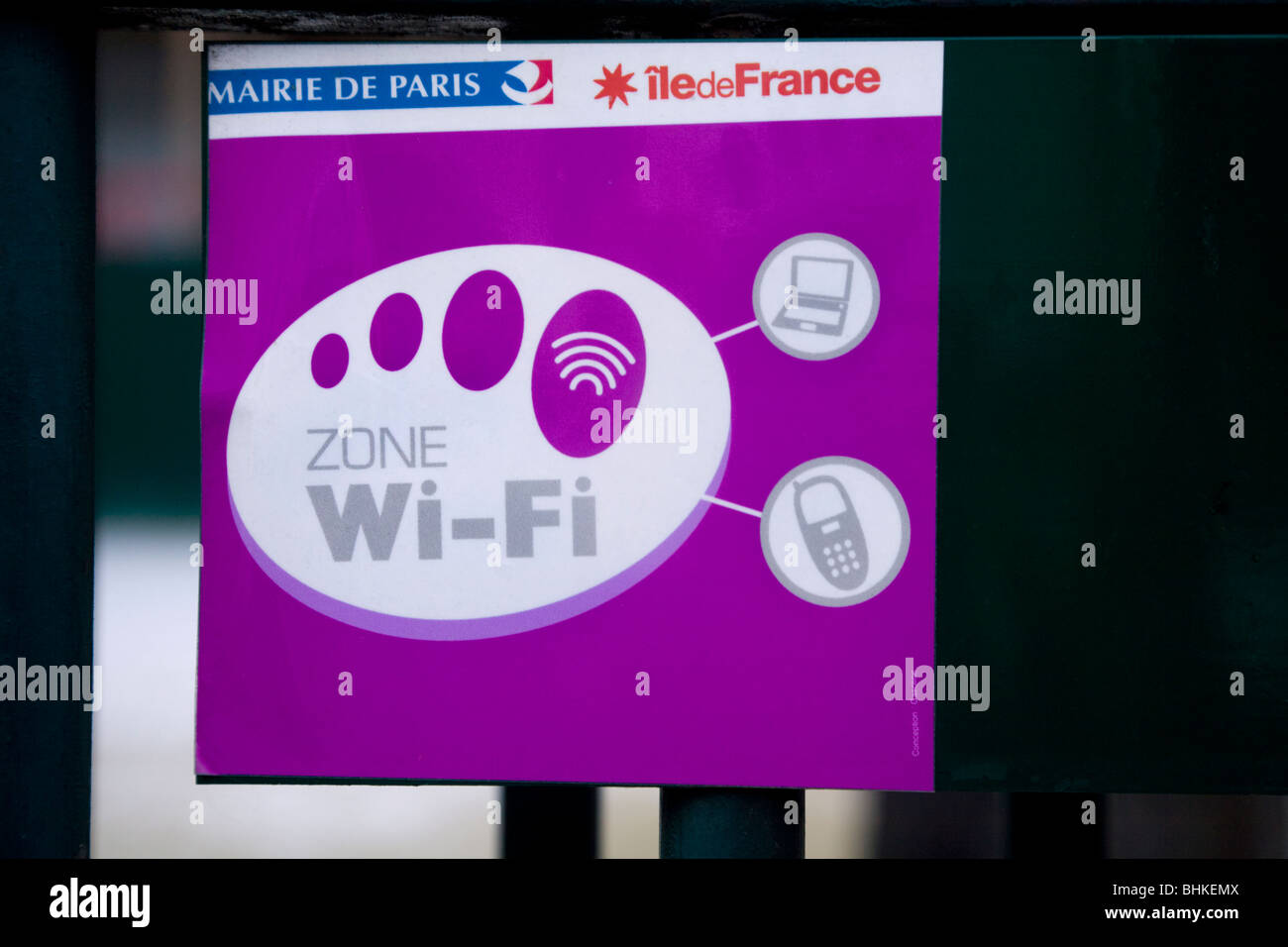Sign to indicate a wifi internet hotspot / hot spot internet connection service in a public park / open space. Paris, - Stock Image