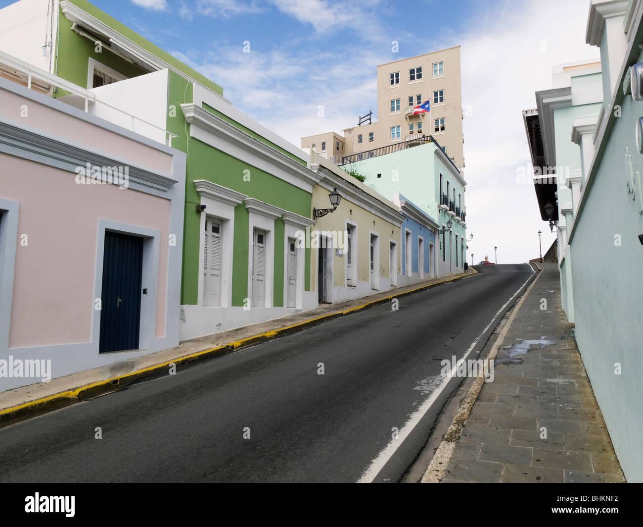 Steep Street in Old San Juan, Calle Norzagaray, Puerto Rico - Stock Image